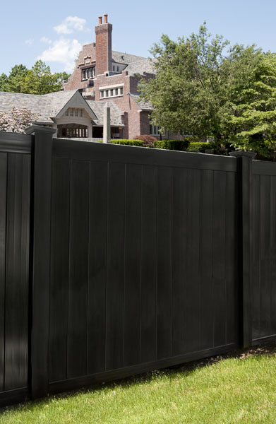 Grand Illusions L105 black finish on an Illusions V300 T&G privacy panel.