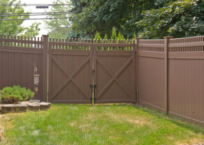 Grand Illusions Color Vinyl Fence Color Spectrum And