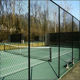 Tennis court chain link has 1-3/4 inch diamonds and is sold in 8, 10 and 12 foot heights