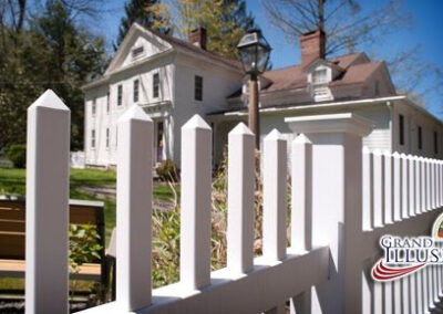 Illusions V700 - a Classic Victorian picket fence in Grand Illusions Patio White L101